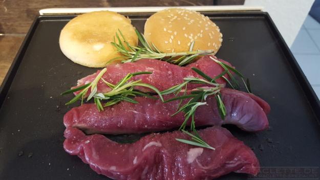 Lamm-Artischocken-Burger-Grillplatte
